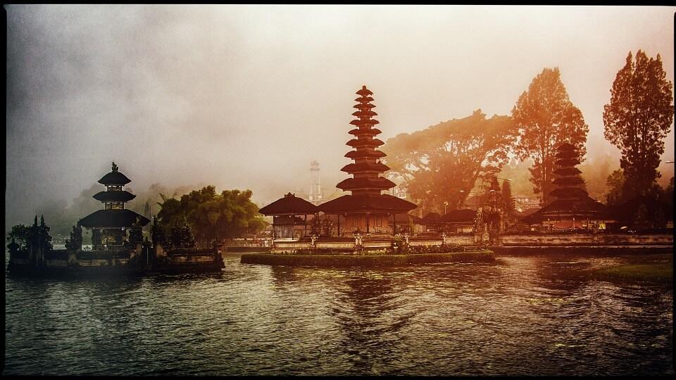 Ulun Danu Bratan Bali Temple
